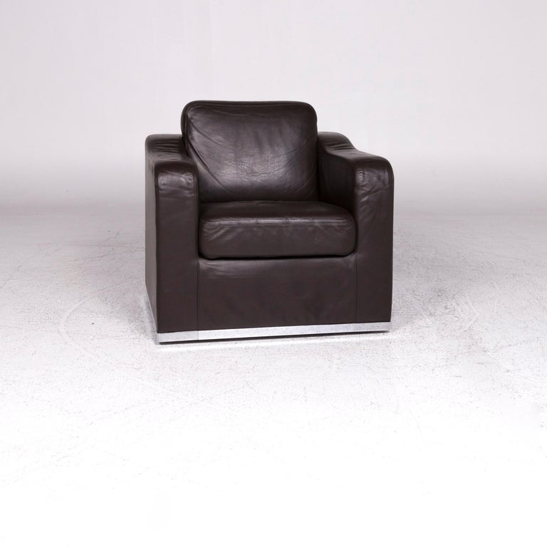 We bring to you a De Sede DS 6 leather armchair brown.   Product measurements in centimetres:   Depth 86 Width 83 Height 80 Seat-height 51 Rest-height 63 Seat-depth 50 Seat-width 53 Back-height 38.