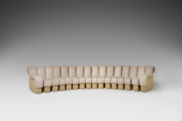De Sede DS 600 'Non Stop' Sectional Sofa in Beige Leather 3