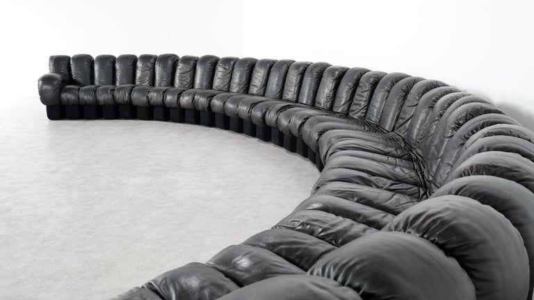 Swiss De Sede DS 600 Snake Sofa by Ueli Berger, 1972 Black & Brown Leather 36 Elemens For Sale