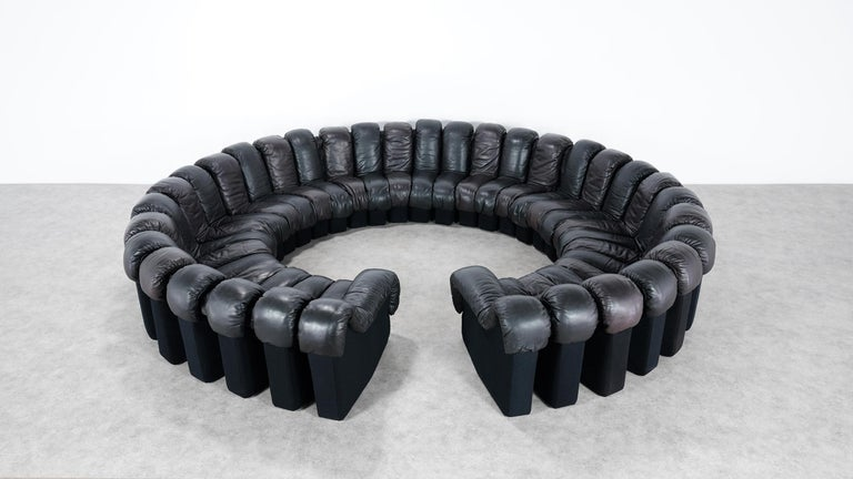 De Sede DS 600 Snake Sofa by Ueli Berger, 1972 Black & Brown Leather 36 Elemens In Good Condition For Sale In Munster, NRW