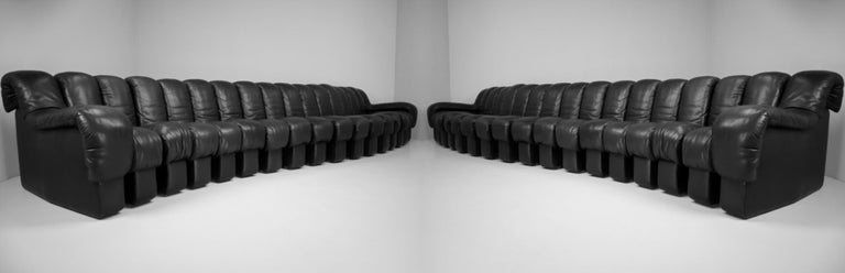 De Sede DS 600 Snake Sofas in Full Black Leather by Ueli Berger Switzerland 1972 For Sale 10