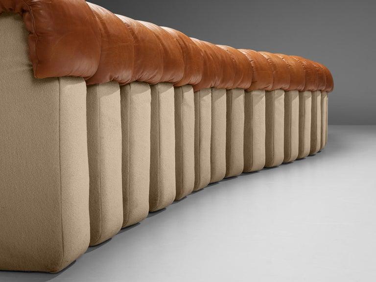 Mid-Century Modern De Sede DS-600 Sofa in Cognac Leather For Sale