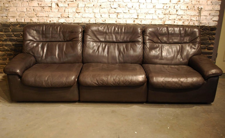 Mid-Century Modern De Sede DS 66 Three-Piece Dark Brown Leather Sofa Set by Carl Larsson For Sale