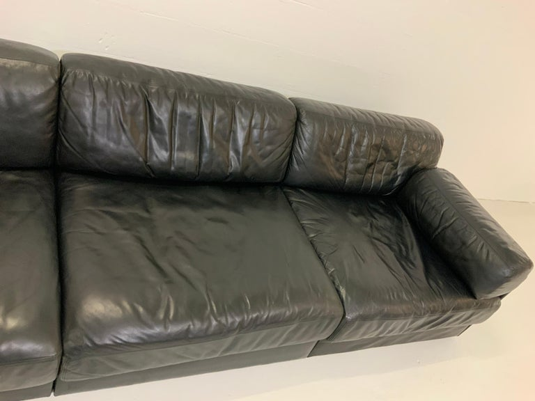 De Sede DS-76 Vintage Leather Lounge 4-Seat Modular Sofa Daybed in Black, 1970s 3