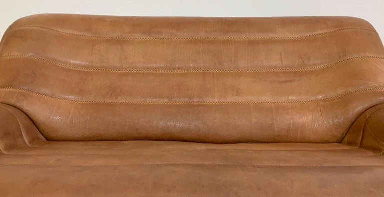 De Sede DS-84 Vintage Thick Buffalo Neck 2-Seat Leather Loveseat Sofa, 1970s For Sale 8