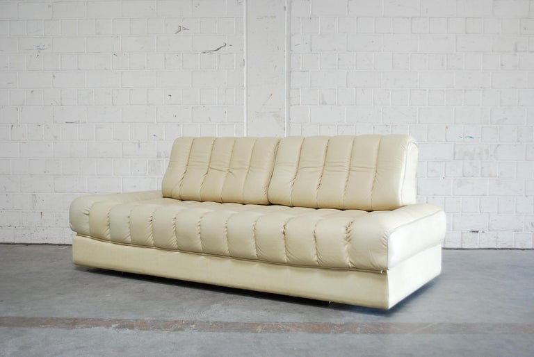 De Sede DS 85 Natural  Daybed Leather Sofa Ecru Crème White For Sale 4