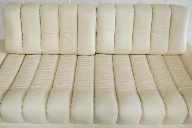 Modern De Sede DS 85 Natural  Daybed Leather Sofa Ecru Crème White For Sale