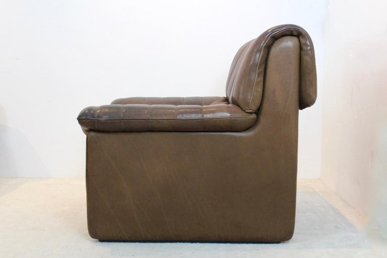 Mid-Century Modern De Sede DS-86 Lounge Chair in Soft Thick Brown Neck Leather For Sale