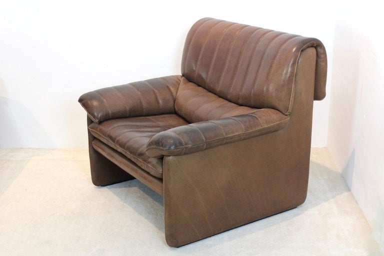 Swiss De Sede DS-86 Lounge Chair in Soft Thick Brown Neck Leather For Sale