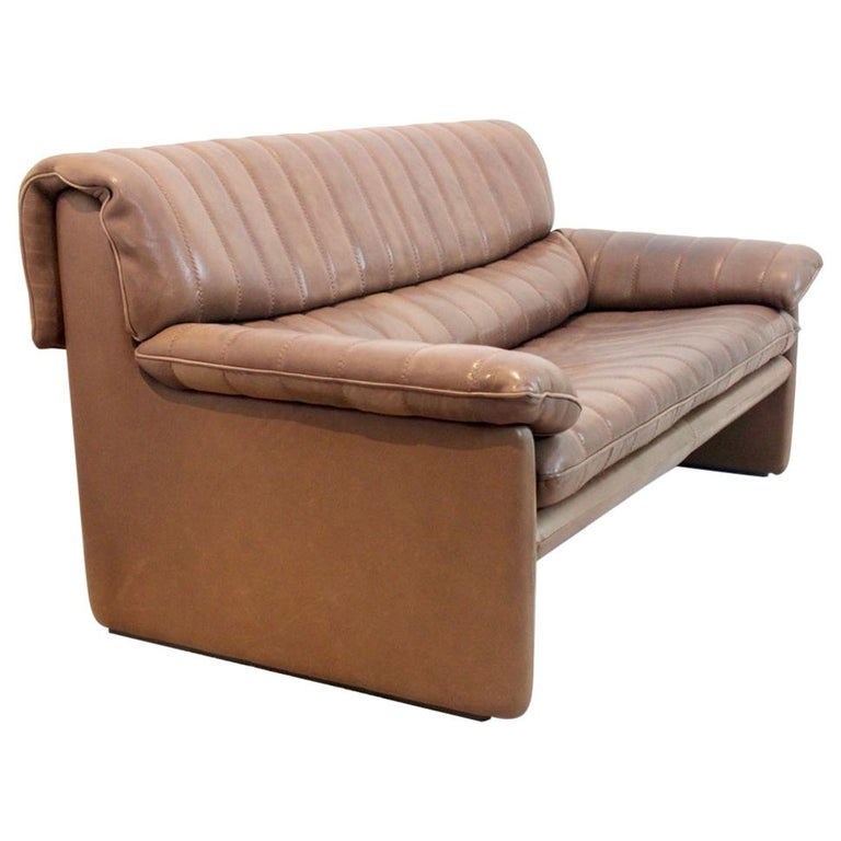 De Sede DS-86 Two-Seat Sofa in Soft Thick Brown Neck Leather For Sale