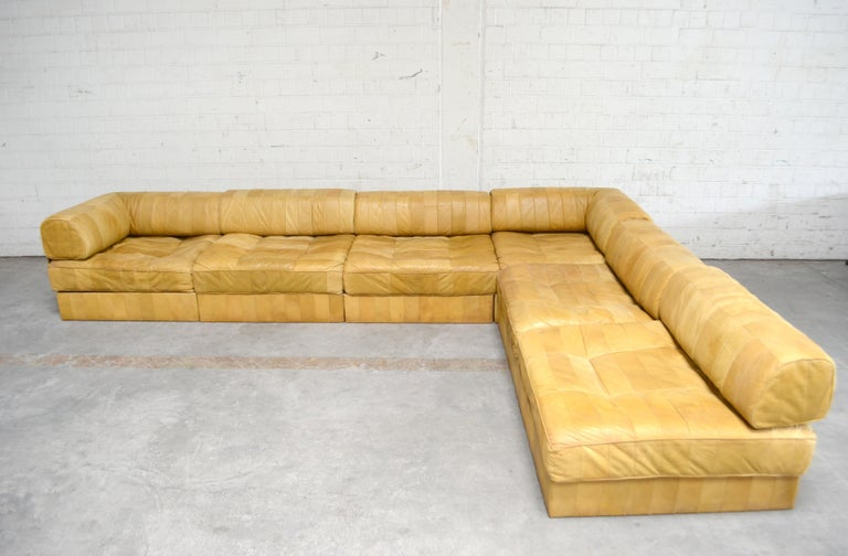Swiss De Sede DS 88 Modular Leather  Sofa yellow cognac patchwork For Sale