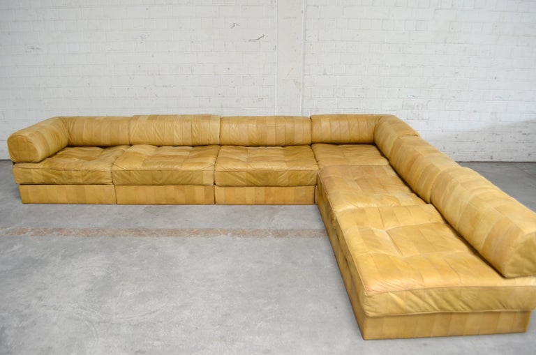 De Sede DS 88 Modular Leather  Sofa yellow cognac patchwork In Good Condition For Sale In Munich, Bavaria