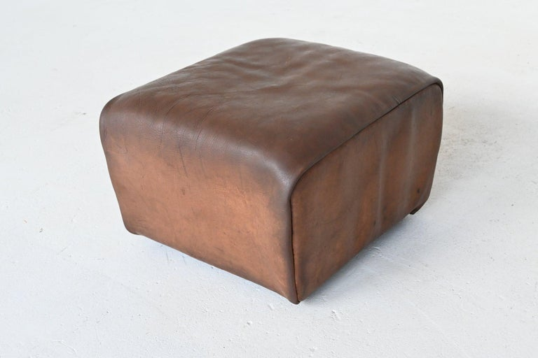 De Sede DS47 Armchair with Ottoman Brown Buffalo Leather, Switzerland, 1970 For Sale 5