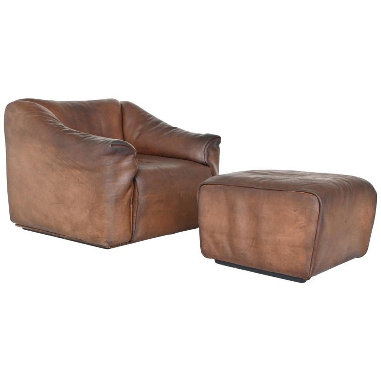 De Sede DS47 Armchair with Ottoman Brown Buffalo Leather, Switzerland, 1970 For Sale