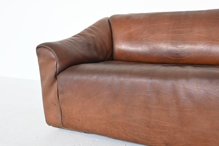 De Sede DS47 Two-Seat Sofa Brown Buffalo Leather, Switzerland, 1970 For Sale 2