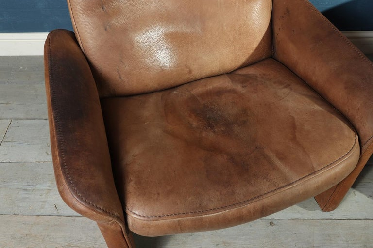 Mid-20th Century De sede DS50 in Tan Neck Leather, circa 1960 For Sale