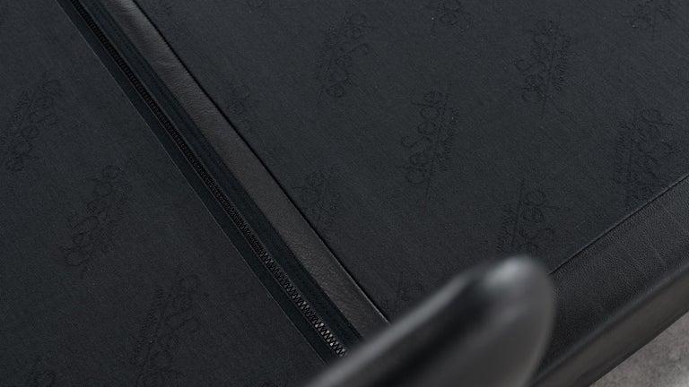 De Sede Ds76, Sofa & Daybed in Black Leather, 1972 by De Sede Design Team 10