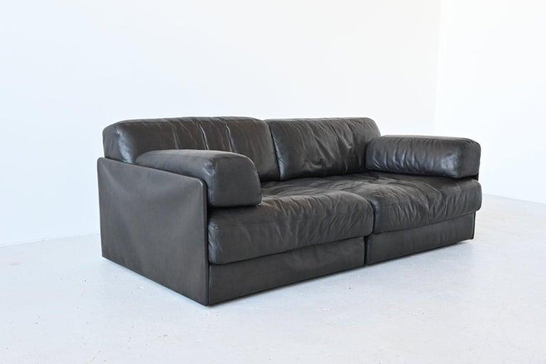 Mid-Century Modern De Sede DS76 Two-Seat Sofa Black Leather, Switzerland, 1970