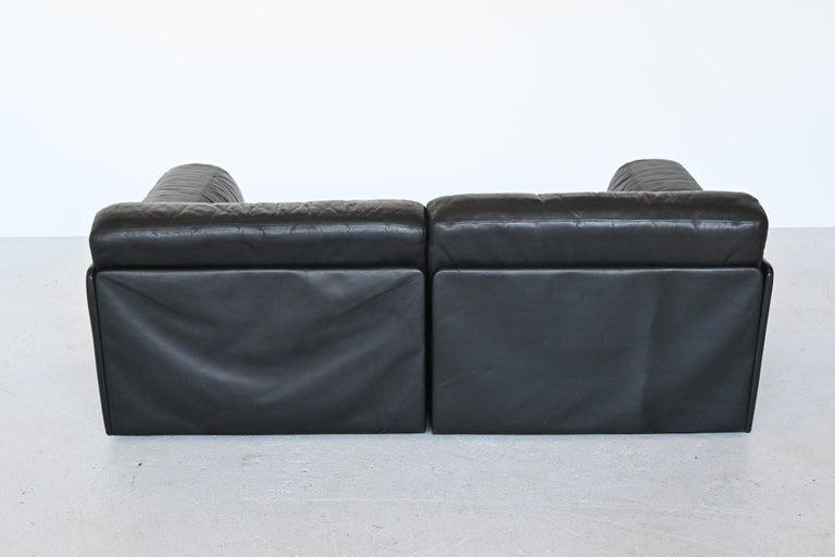 De Sede DS76 Two-Seat Sofa Black Leather, Switzerland, 1970 In Good Condition In Etten-Leur, NL