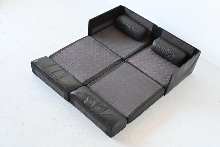 De Sede DS76 Two-Seat Sofa Black Leather, Switzerland, 1970 1