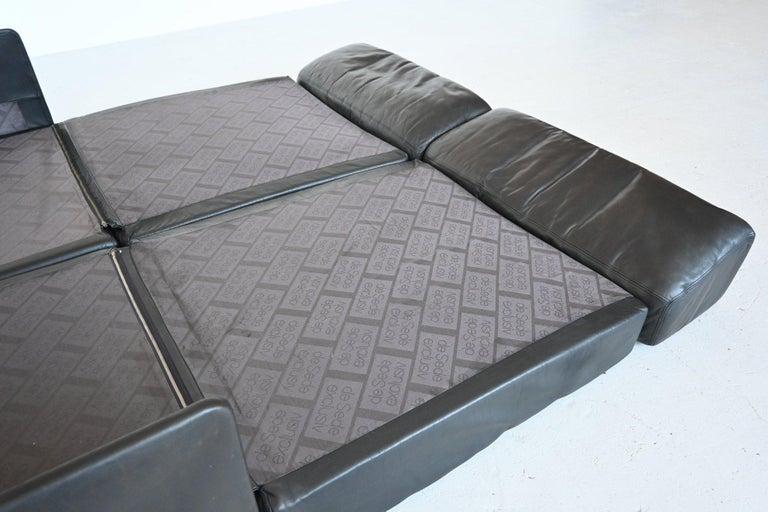 De Sede DS76 Two-Seat Sofa Black Leather, Switzerland, 1970 3