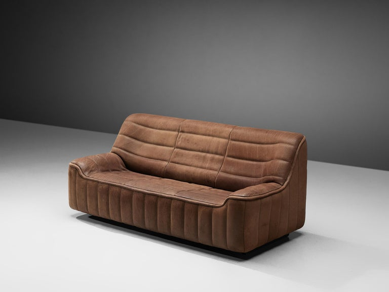 De Sede, 'DS84' sofa, leather, Switzerland, 1970s.