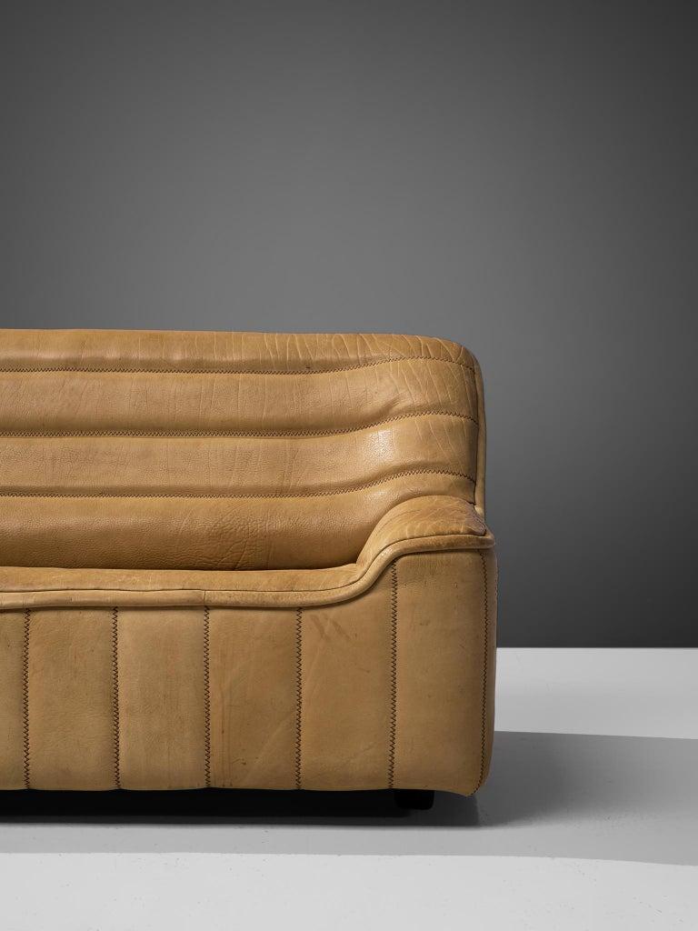 De Sede 'DS84' Sofa in Buffalo Leather For Sale 2