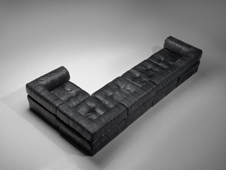 De Sede, sofa, DS 88, black patinated leather, 1970s.   This comfortable leather sofa is manufactured by De Sede in Switzerland. Sectional sofa by the Swiss quality manufacturer De Sede. This sofa consists of five elements. The cushions are