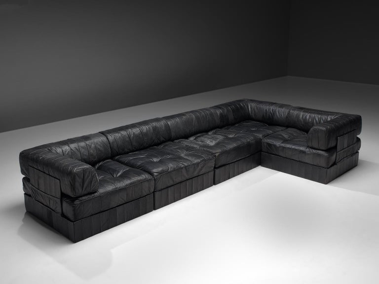 Mid-Century Modern De Sede DS88 Modular Sofa in Black Patinated Leather For Sale
