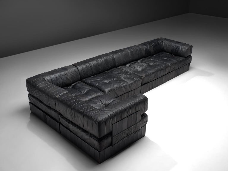 Swiss De Sede DS88 Modular Sofa in Black Patinated Leather For Sale