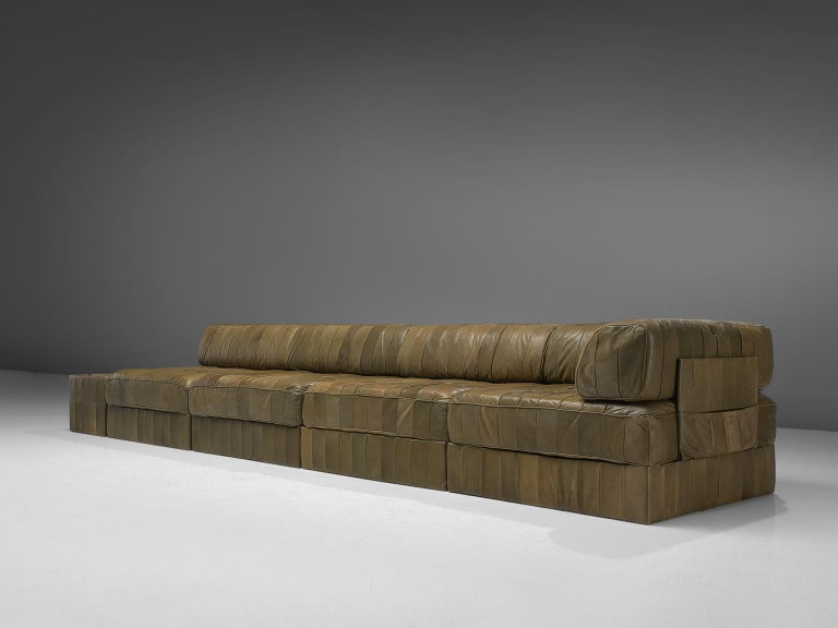 Mid-Century Modern De Sede 'DS88' Sectional Sofa in Olive Green Leather For Sale