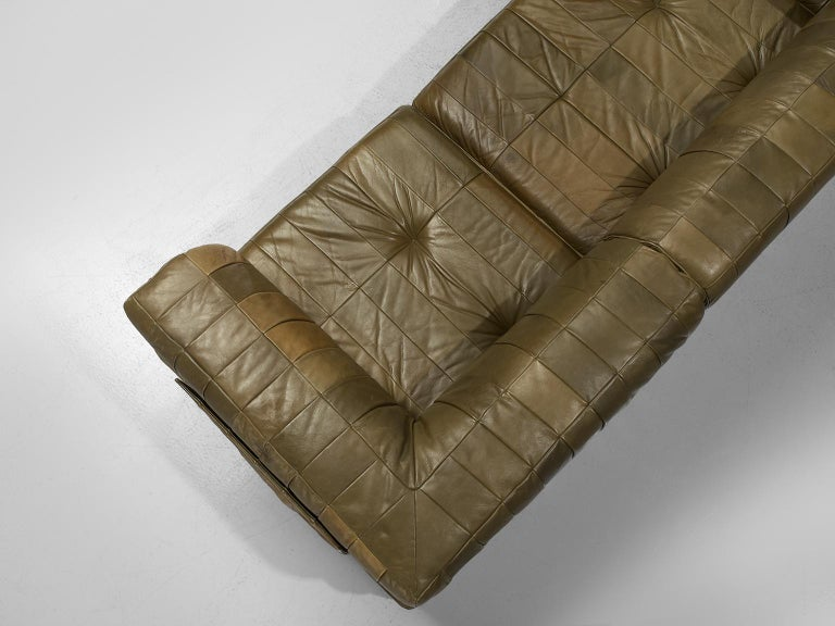 Late 20th Century De Sede 'DS88' Sectional Sofa in Olive Green Leather For Sale