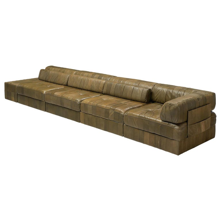 De Sede 'DS88' Sectional Sofa in Olive Green Leather For Sale