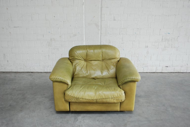 Mid-Century Modern De Sede James Bond Leather Lounge Chair DS 101 Olive Green For Sale