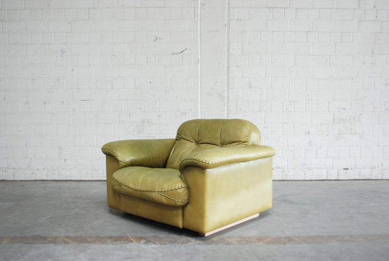 Mid-20th Century De Sede James Bond Leather Lounge Chair DS 101 Olive Green For Sale
