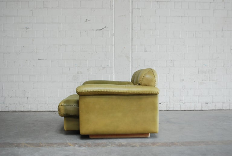 De Sede James Bond Leather Lounge Chair DS 101 Olive Green For Sale 2
