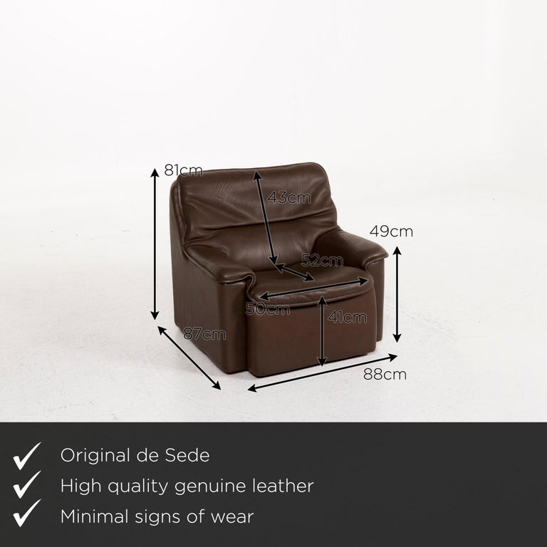 We present to you a De Sede leather armchair brown.     Product measurements in centimeters:    Depth 87 Width 88 Height 81 Seat height 41 Rest height 49 Seat depth 52 Seat width 50 Back height 43.