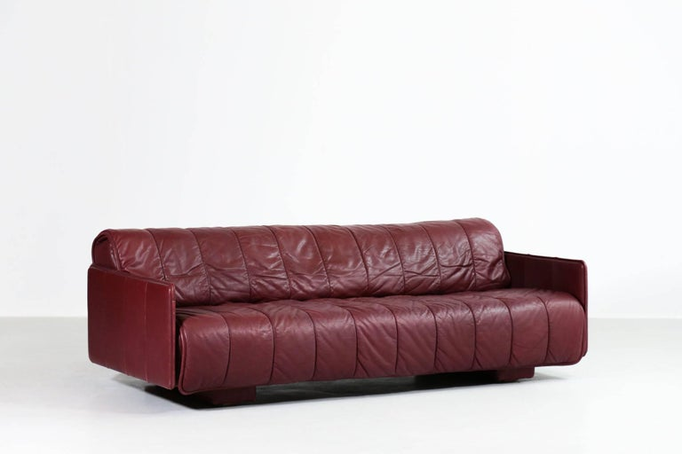 De Sede Leather Sofa Bed, 1970s Swiss Design DS85 DS600 In Good Condition For Sale In Lyon, FR