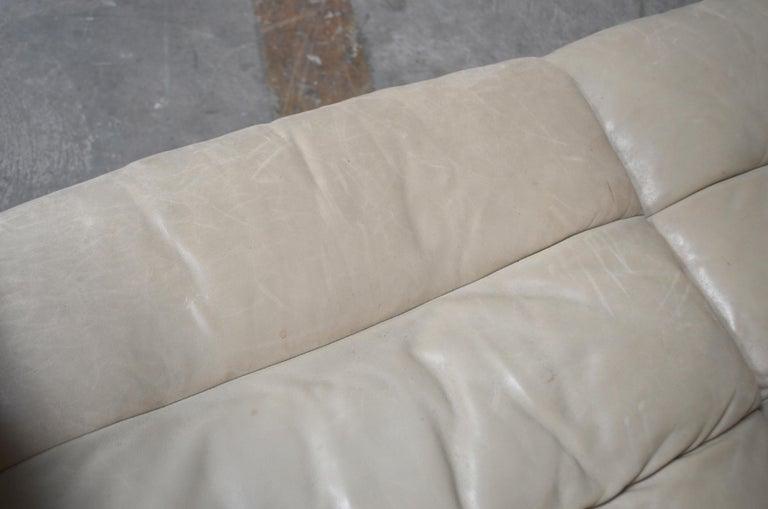 De Sede Leather Sofa DS 105 Ecru White For Sale 7
