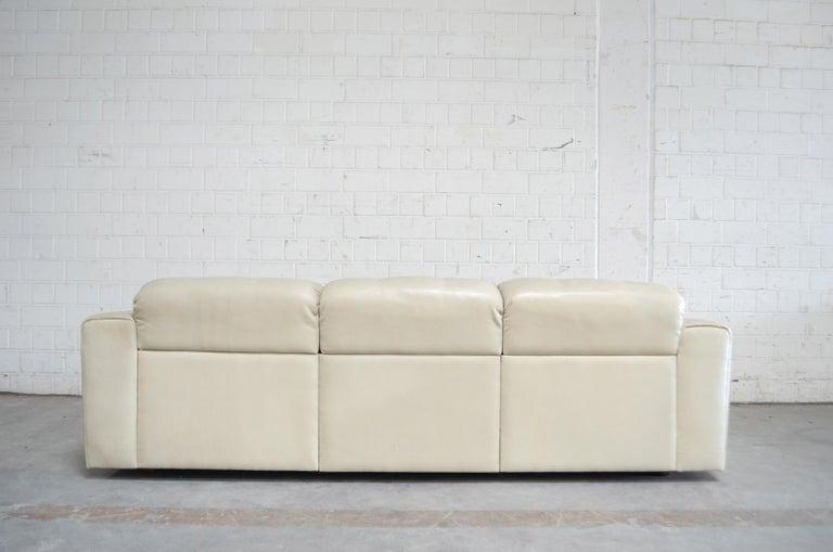 De Sede Leather Sofa DS 105 Ecru White For Sale 10