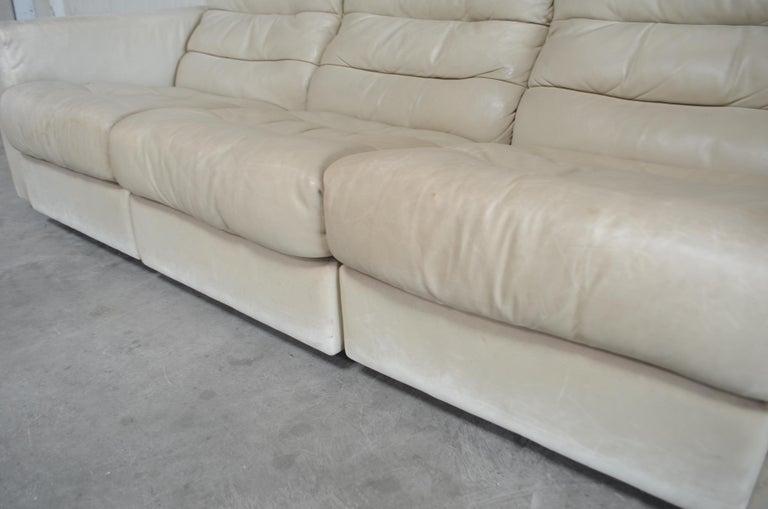 De Sede Leather Sofa DS 105 Ecru White For Sale 11