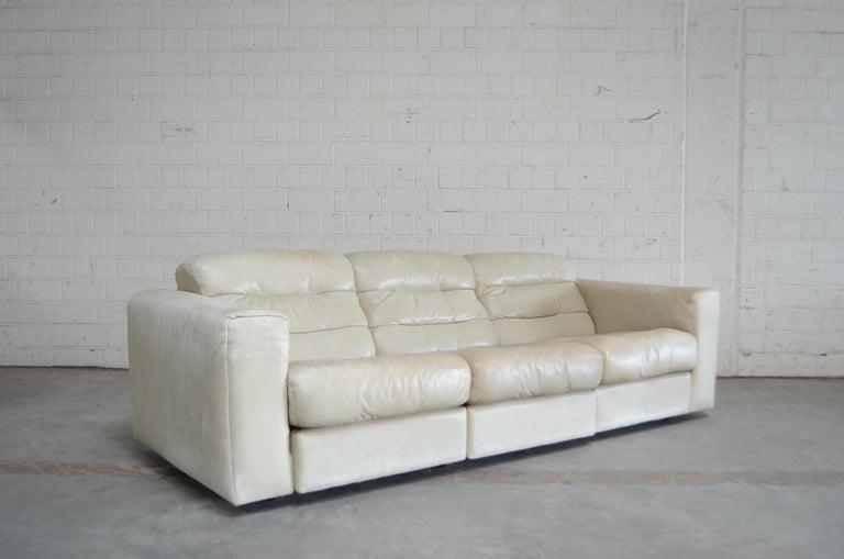 De Sede Leather Sofa DS 105 Ecru White For Sale 12