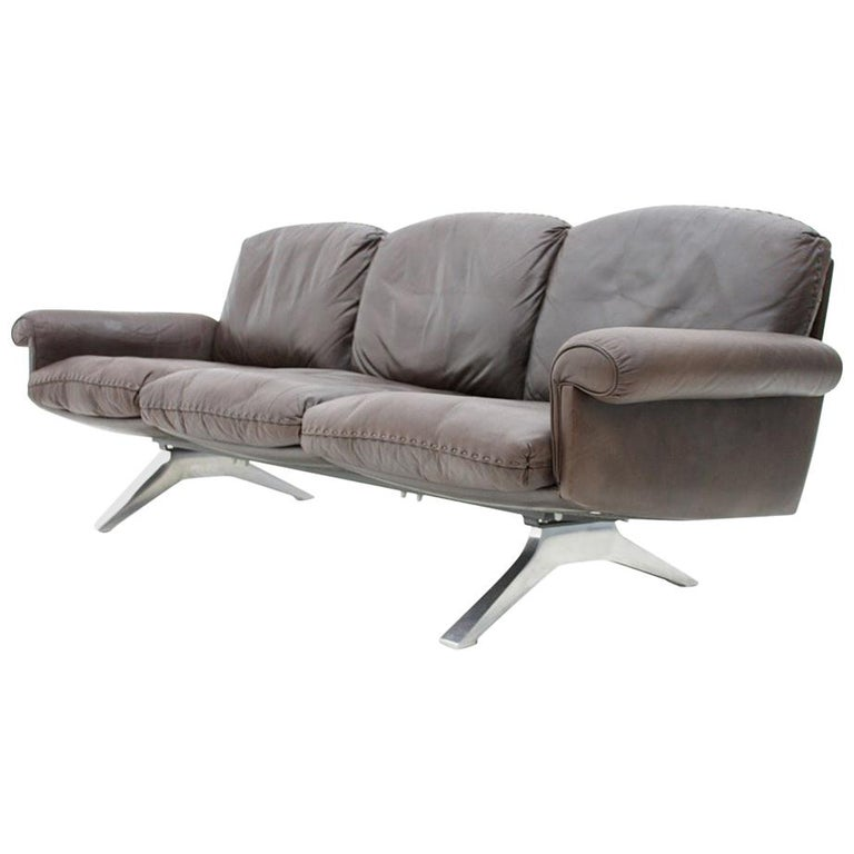 De Sede Leather Sofa DS 31 with Chrome Base, Switzerland, 1970s