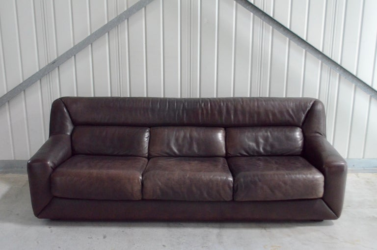 De Sede leather sofa Model DS 43. Soft Aniline leather in a stunning dark brown color. Great vintage condition and beautiful patinated. All 3 seats are extendable for much more lounge comfort. It´s a rare De Sede model. Hard to find.