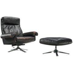 De Sede Lounge Chair Model 'DS31' in Patinated Leather with Ottoman