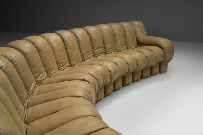 Swiss De Sede 'Snake' DS-600 Non Stop Sofa in Beige Leather and Suede