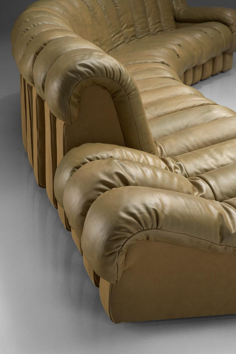 De Sede 'Snake' DS-600 Non Stop Sofa in Beige Leather and Suede 1