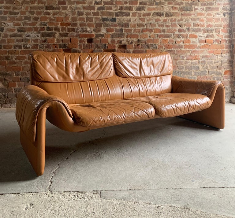 De Sede, Switzerland Cognac Leather Sofa Design No DS2011, circa 1980  For Sale 5