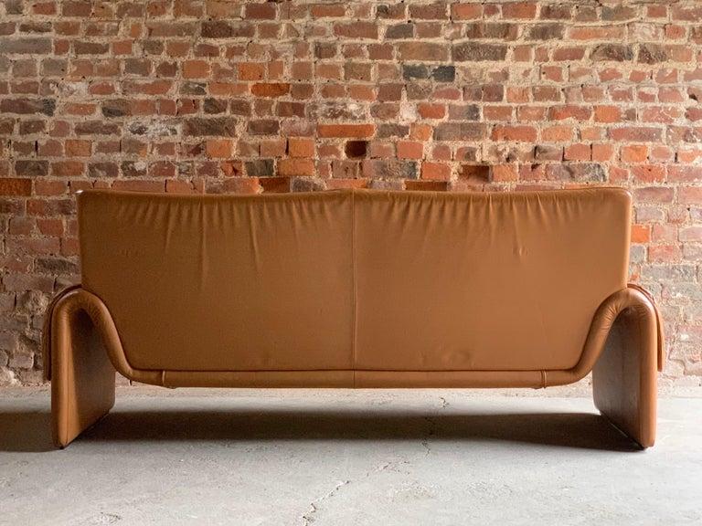 Mid-Century Modern De Sede, Switzerland Cognac Leather Sofa Design No DS2011, circa 1980  For Sale