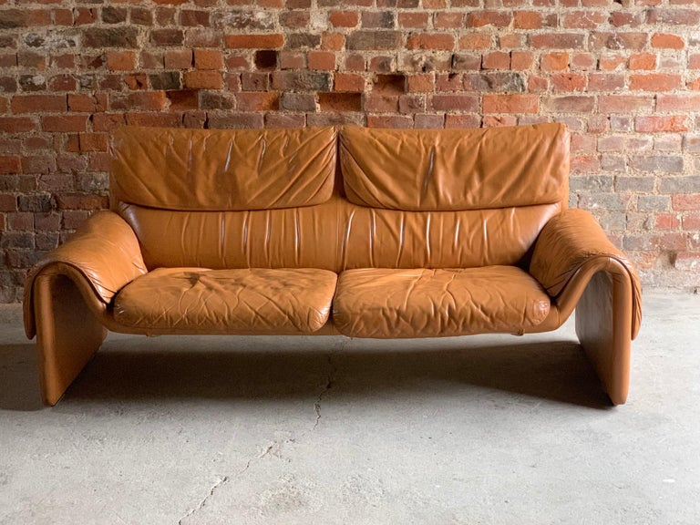 De Sede, Switzerland Cognac Leather Sofa Design No DS2011, circa 1980 For Sale 1